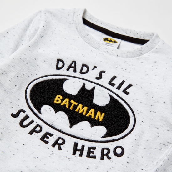 طقم بنطلون رياضي وسويت شيرت بأكمام طويلة وطبعات باتمان
