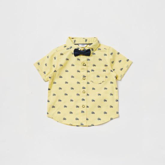 طقم قميص بأكمام قصيرة وطبعات وشورت سادة