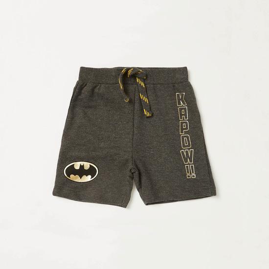 طقم تيشيرت وشورت بطبعات باتمان