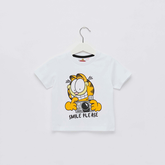 Garfield Graphic Print T-shirt with Round Neck and Short Sleeves