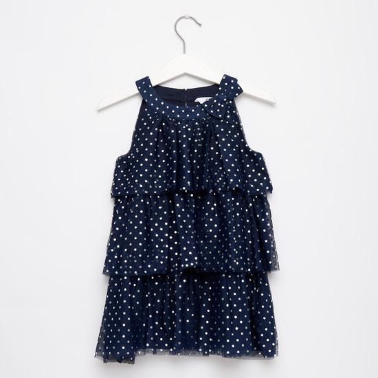 فستان منقط متعدد الطبقات بطول الركبة وفيونكة