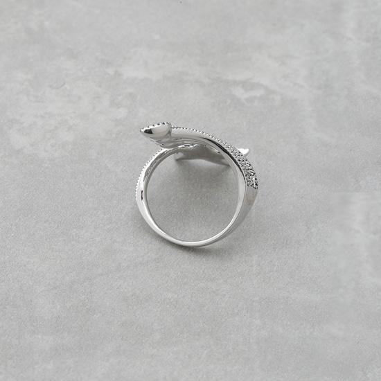 خاتم بارز الملمس