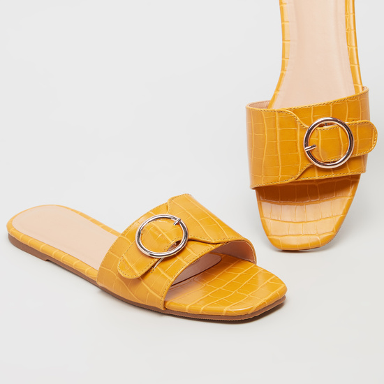 Textured Flat Sandals with Buckle Detail