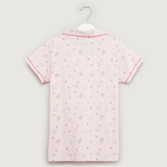 طقم قميص نوم بأكمام قصيرة وطبعات مع بنطلون بيجاما