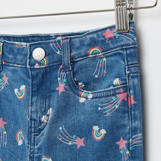 بنطلون جينز بطبعات نجوم وألوان قوس قزح مع جيوب وزر إغلاق
