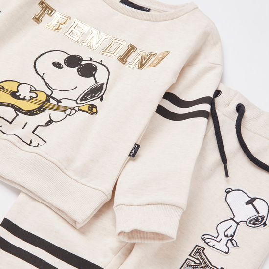 Snoopy Print Round Neck Sweatshirt and Jog Pants Set