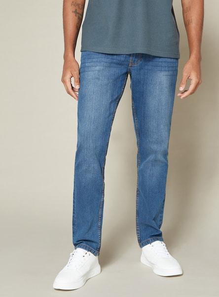 بنطلون جينز طويل بارز الملمس بخصر متوسط الارتفاع وتفاصيل جيوب وزر إغلاق