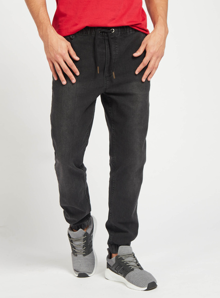 Mid-Rise Slim-Fit Solid Jog Pants with Pocket Detail