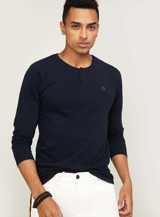 BOSSINI Men Solid Regular Fit Henley T-shirt