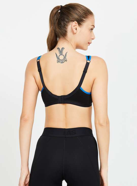 AMANTE Non-Wired Lightly Padded Sports Bra