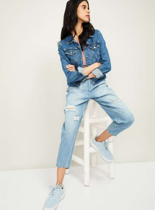GINGER Women Lightly Washed Cropped Relaxed Fit Boyfriend Jeans