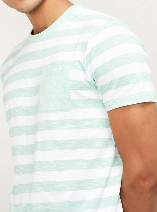 SMILEYWORLD Men Striped Regular Fit Crew Neck T-shirt