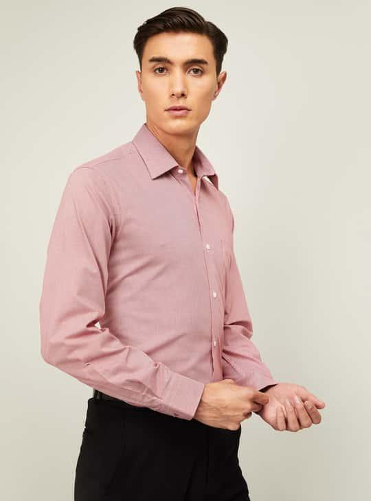 VAN HEUSEN Men Textured Full Sleeves Formal Shirt