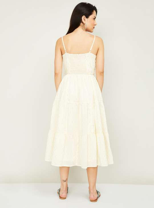 COLOUR ME Women Printed Tiered Midi Dress