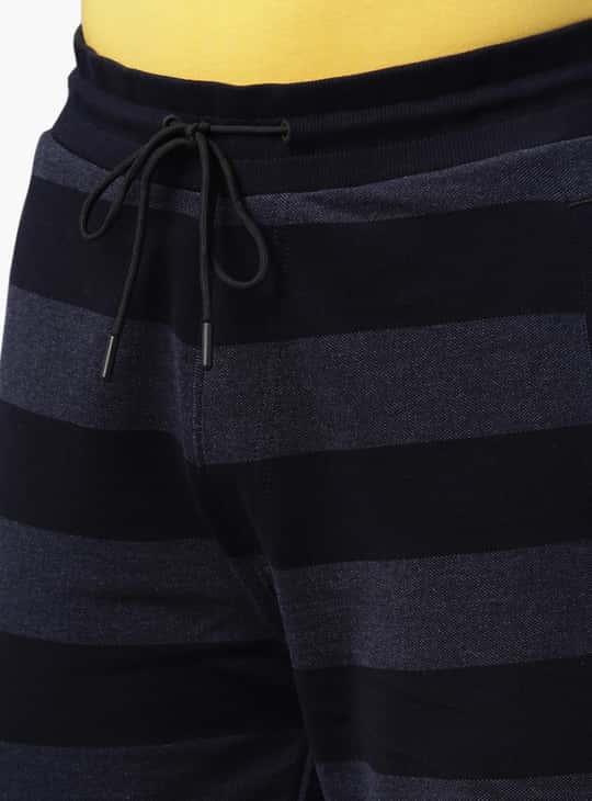 PROLINE Men Striped Regular Fit Shorts