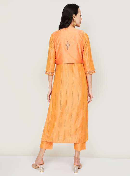 MELANGE Women Embroidered Straight Kurta with Jacket and Straight Pants