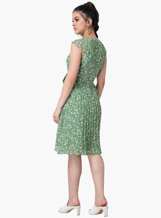 FABALLEY Women Floral Print Pleated A-Line Dress