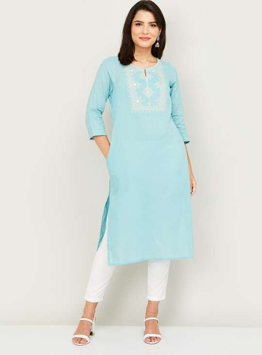 MELANGE Women Solid Kurta with Embroidery