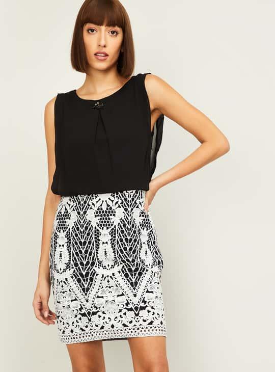 LATIN QUARTERS Women Embroidered Blouson Dress