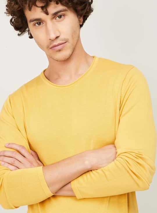 DENIMIZE Men Solid Knitted T-shirt