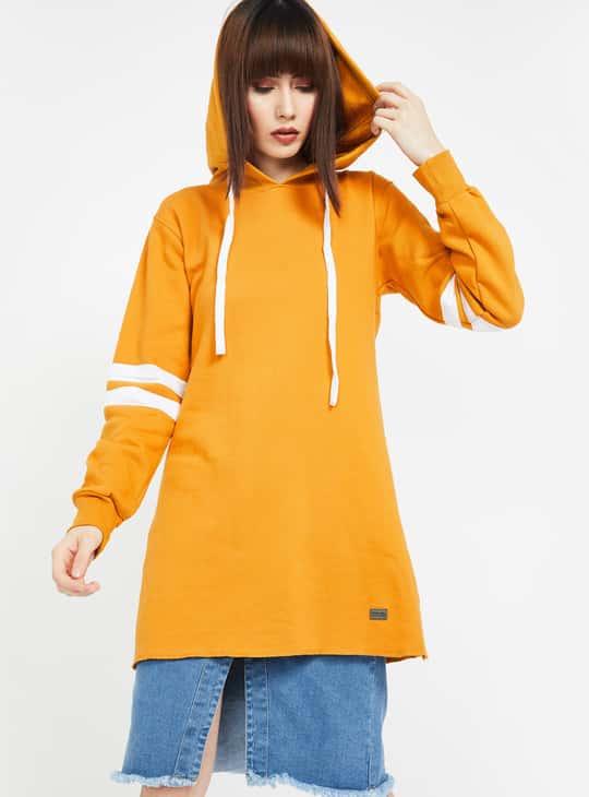 CAMPUS SUTRA Solid Full Sleeves Hooded Sweatshirt