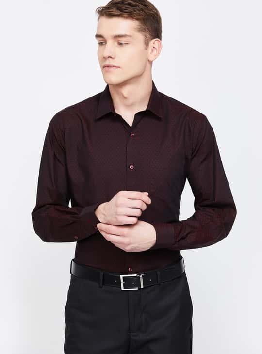 VAN HEUSEN Textured Regular Fit Formal Shirt