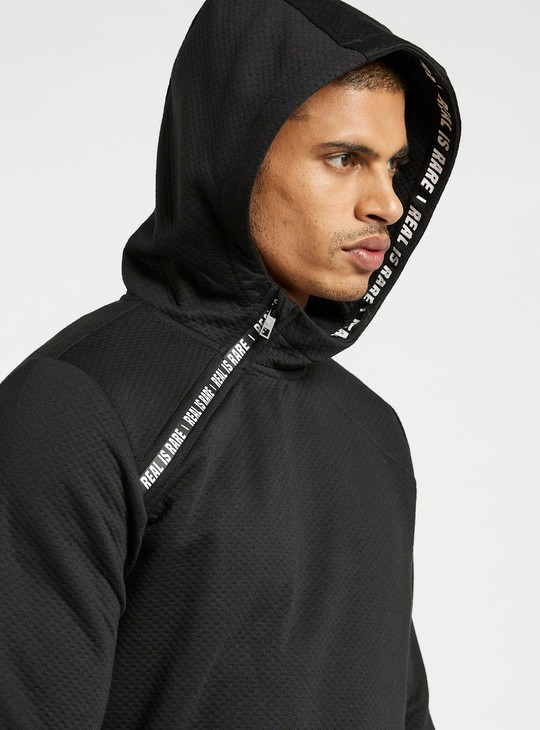 Slim Fit Printed Hoodie with Long Sleeves and Zip Closure