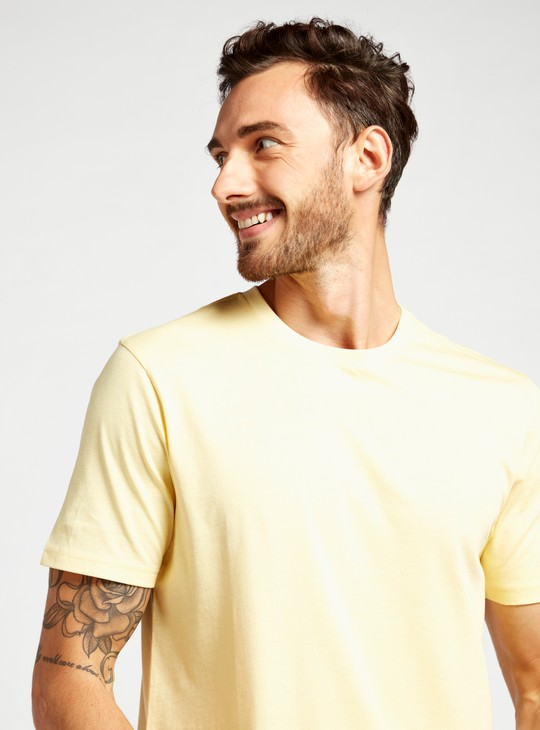 Solid Regular Fit Crew Neck T-shirt with Short Sleeves