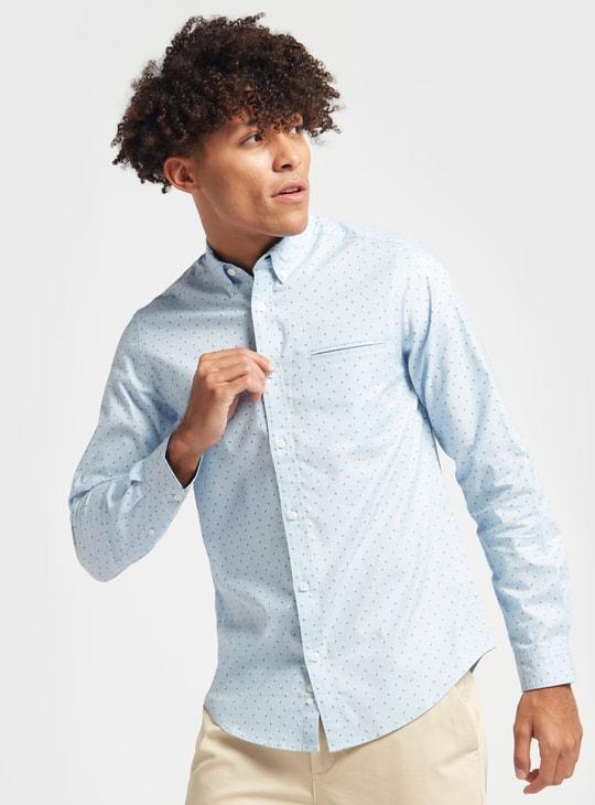 قميص بأكمام طويلة وطبعات وجيب أمامي مخفي