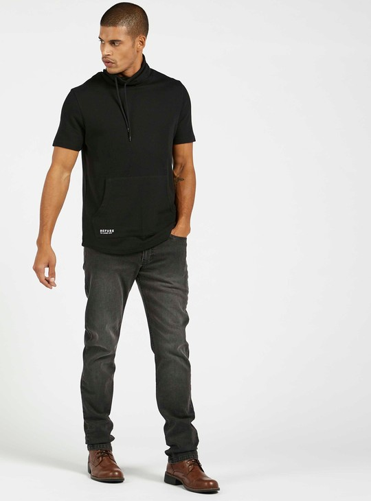 Slim Fit Solid Jeans with Pockets and Button Closure