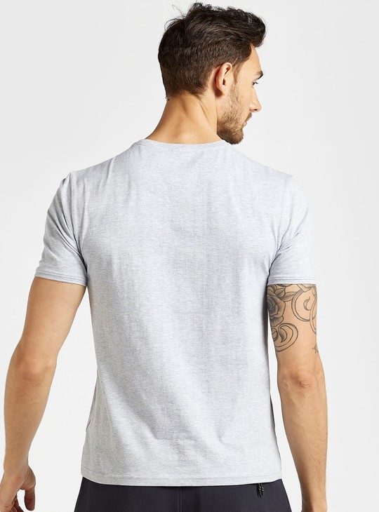 Graphic Print Round Neck T-shirt with Short Sleeves in Slim Fit