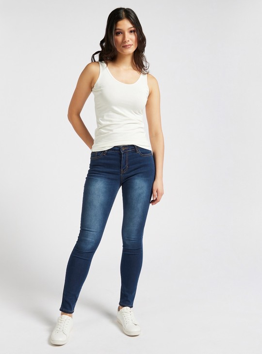 Slim Fit Full Length Solid Mid-Rise Jeans with Pocket Details