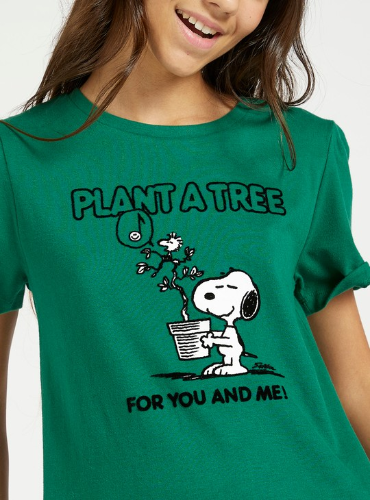 Snoopy Print T-shirt with Round Neck and Short Sleeves