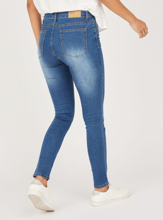 Slim Fit Full Length Textured Mid-Rise Jeans with Pocket Detail