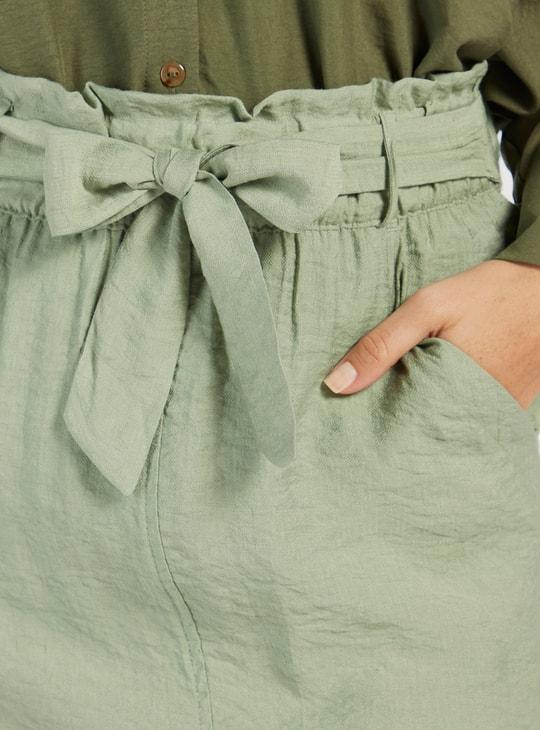 تنورة إية لاين ميدي بارزة الملمس بحزام وجيوب