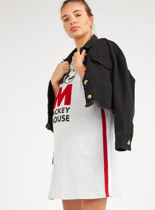 فستان واسع للحوامل بطبعات ميكي ماوس وأكمام قصيرة