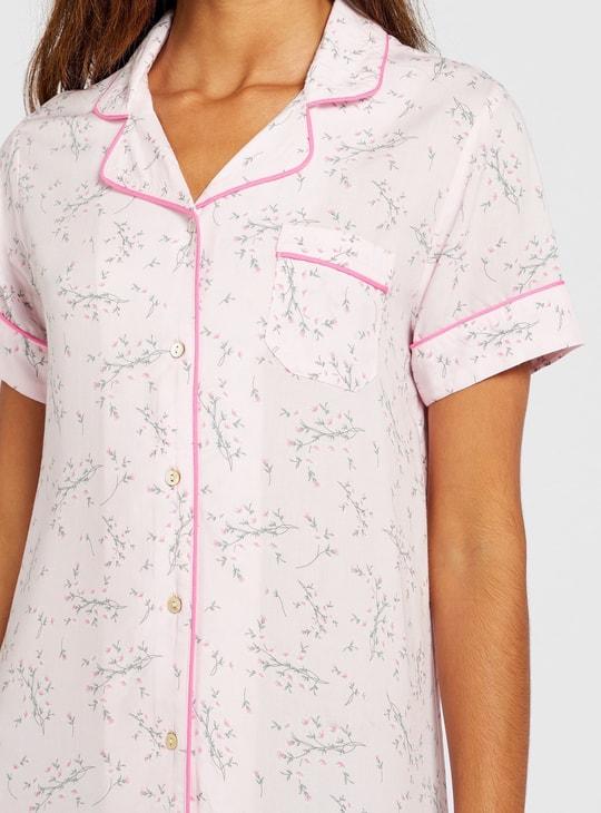 قميص نوم بأكمام قصيرة وجيب خارجي وطبعات أزهار