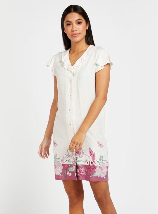 قميص نوم بياقة V وأكمام قصيرة وطبعات