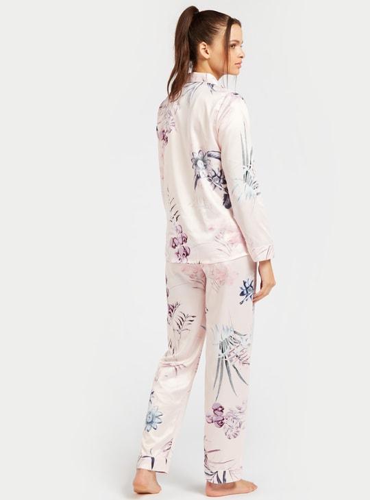 طقم بنطلون بيجاما طويل وقميص نوم بأكمام قصيرة وطبعات أزهار