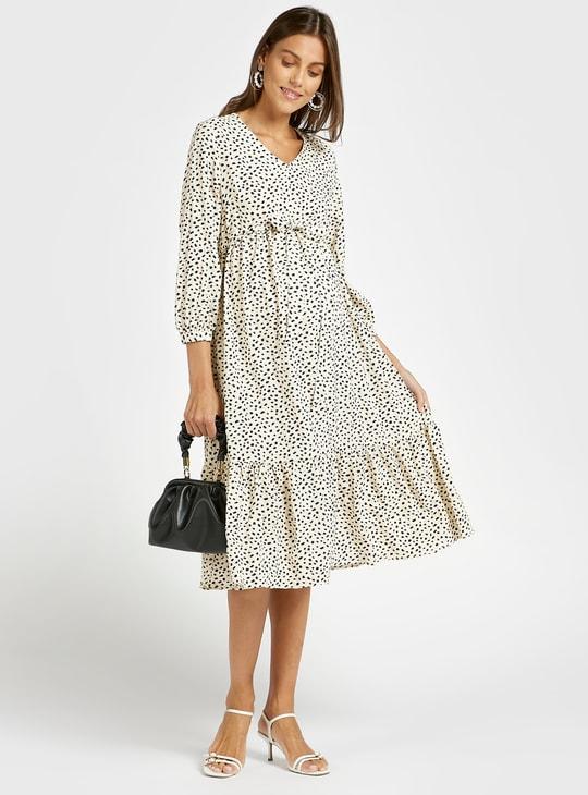 فستان حمل ميدي متعدد الطبقات بياقة V وأربطة وطبعات