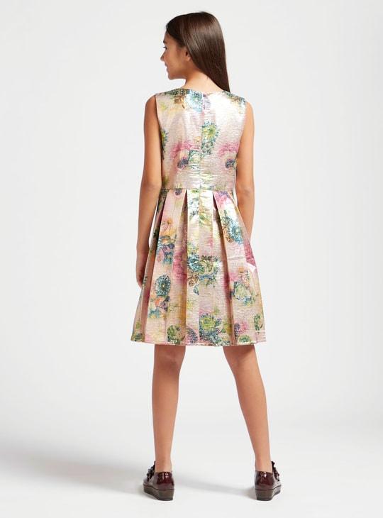 فستان جاكارد بطول الركبة دون أكمام بياقة مستديرة وطبعات زهرية