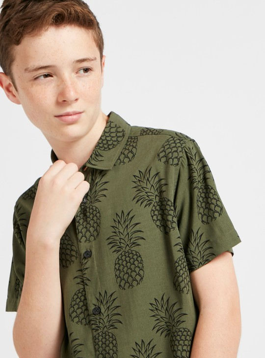 All-Over Pineapple Print Shirt with Spread Collar and Short Sleeves