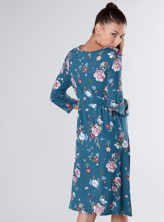 فستان إي لاين للحوامل متوسط الطول بأربطة وطبعات أزهار