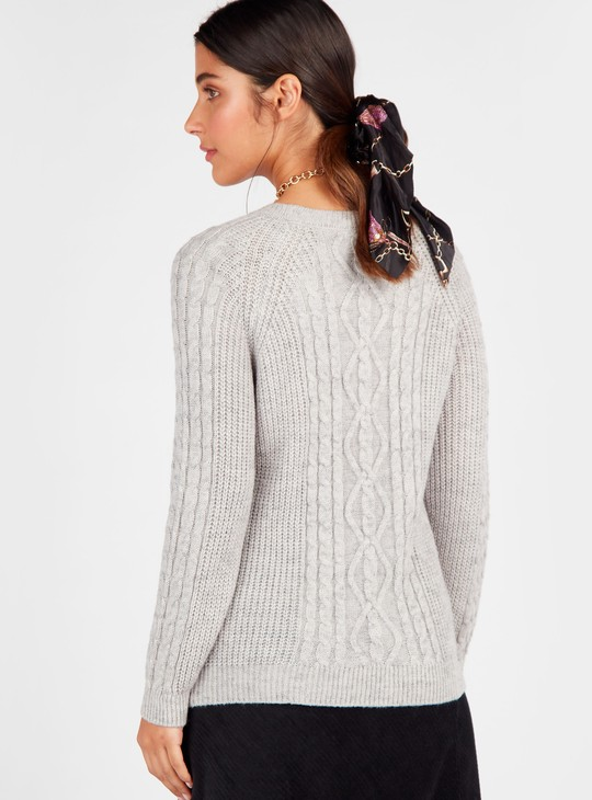 Cable Knit Sweater with Round Neck and Long Sleeves