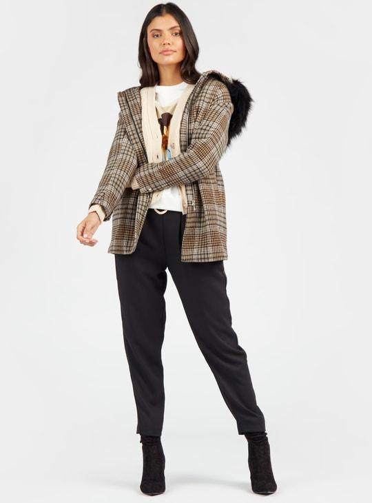 جاكيت ميلتون كاروهات بأكمام طويلة وغطاء مبطن بالفرو