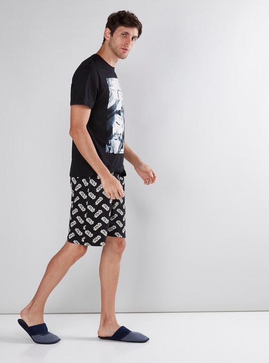 Star Wars Printed T-Shirt with Shorts