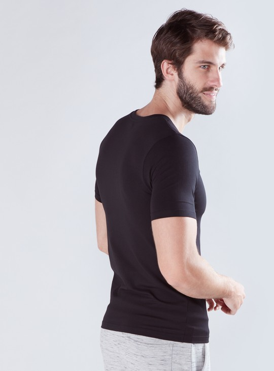 V-Neck Neck T-Shirt with Short Sleeves