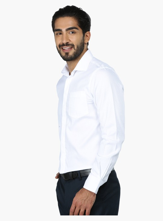 Textured Long Sleeves Formal Shirt in Regular Fit