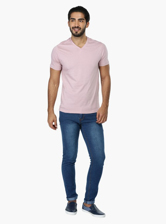 Short Sleeves V-Neck T-Shirt in Regular Fit