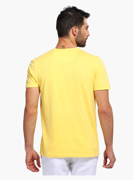 Round Neck T-Shirt with Short Sleeves and Patch Pocket